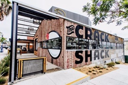The Crack Shack, dog friendly San Diego Restaurants, pet friendly places to eat in San Diego